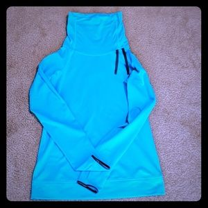Nike pro hyperwarm cowelneck sweatshirt